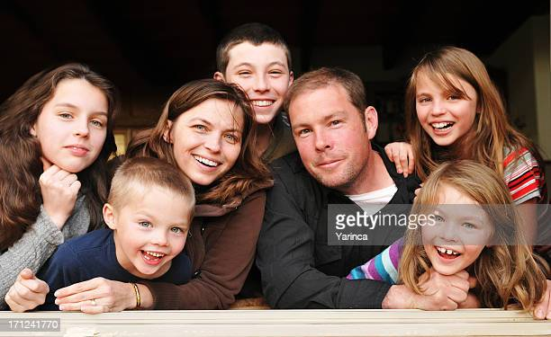 large family - groot stockfoto's en -beelden