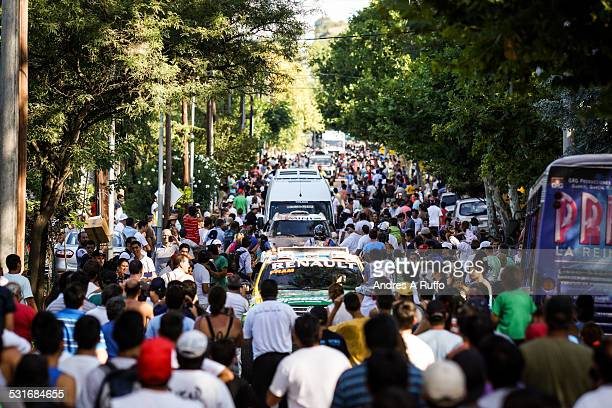 Large group of people receive competitors dakar rally 2015 in the street that leads to Costanera's city of Villa Carlos Paz on Sunday afternoon...
