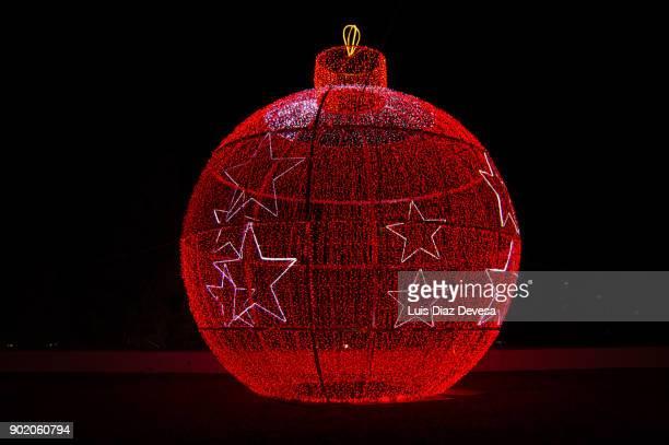 Large Illuminated Christmas Bauble
