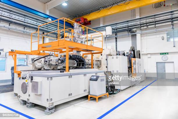 large injection plastic machinery - mechatronics stock pictures, royalty-free photos & images