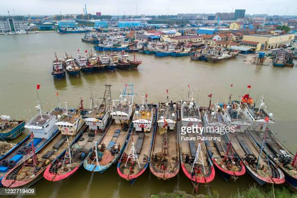Large number of fishing boats are moored neatly at the Huangsha Port in Sheyang, Yancheng City, east China's Jiangsu Province, May 4, 2021.