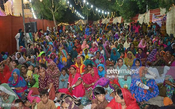 MANDIR HYDERABAD SINDH PAKISTAN A large number of Hindu women take part in there religious festival Diwali at Circuit house Mandir they celebrate...