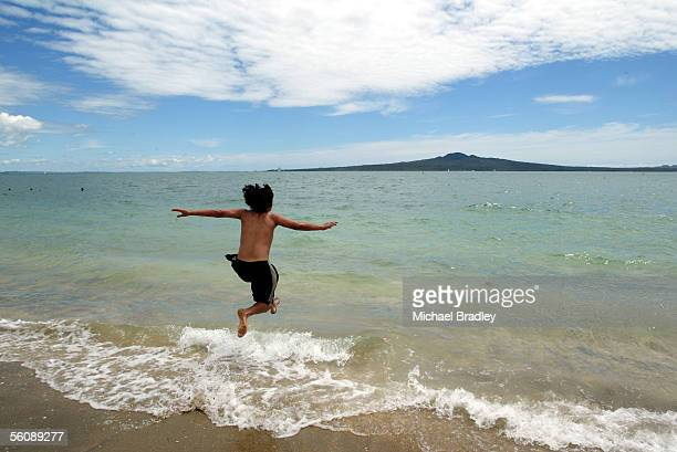 A large number of the public came out in the afternoon to enjoy the fine Christmas weather and for a swim at Auckland's Misson Bay over looking...