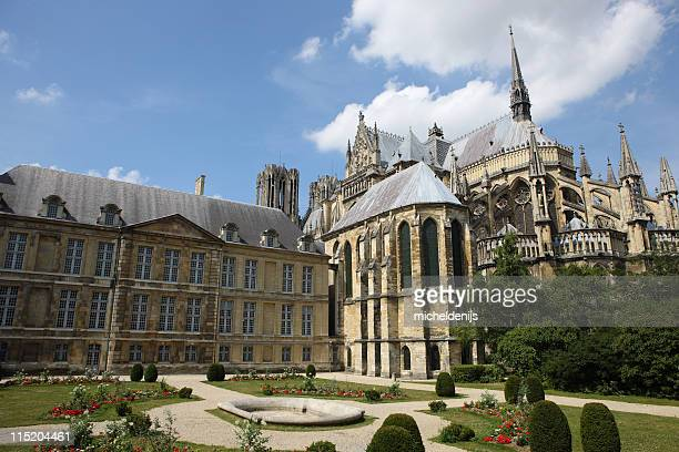 large old cathedral at reims, france - reims stock pictures, royalty-free photos & images