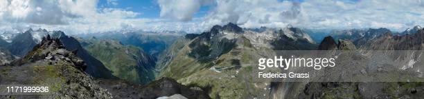 large panorama view from mt. nufenenstock - vista de 360 graus imagens e fotografias de stock