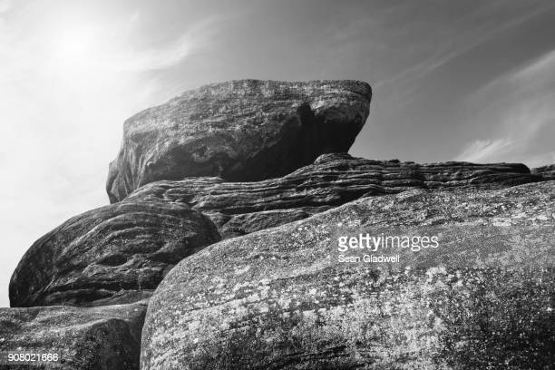 large rocks - stability stock pictures, royalty-free photos & images