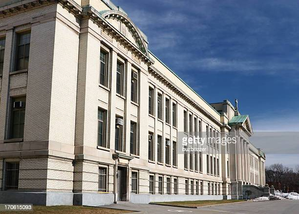 large school building in montreal - town hall government building stock pictures, royalty-free photos & images