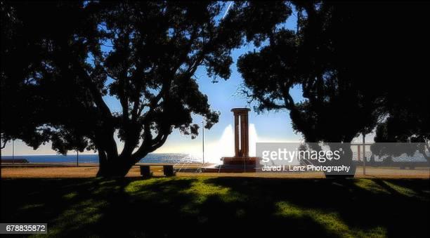 large seaside fountain (jardins da avenida de montevideu) in porto - bookend stock pictures, royalty-free photos & images