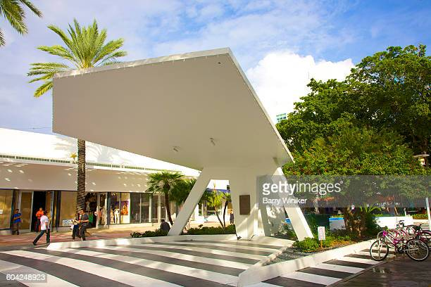 large shade structure, lincoln road, miami beach - lincoln road stock pictures, royalty-free photos & images