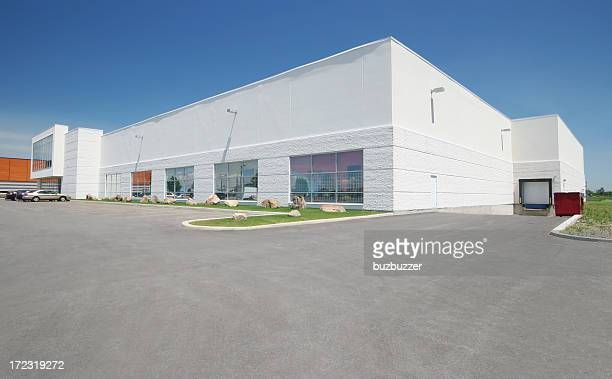 large store exterior - facade stock pictures, royalty-free photos & images
