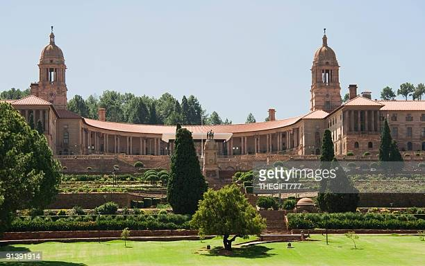 large union buildings in the heart of south africa - gauteng province stock pictures, royalty-free photos & images