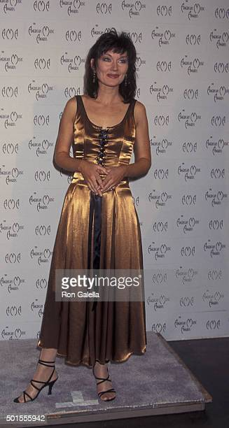Lari White attends 23rd Annual American Music Awards on January 29 1996 at the Shrine Auditorium in Los Angeles California