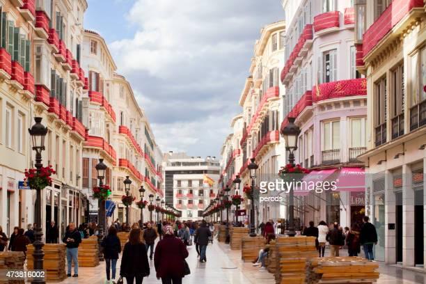 larios de la vista a la calle en málaga, andalucía, españa. - malaga fotografías e imágenes de stock