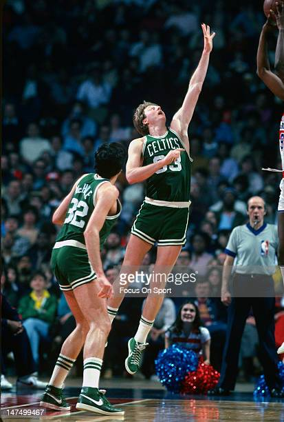Larry Bird of the Boston Celtics in action against the Washington Bullets during an NBA basketball game circa 1985 at the Capital Center in Landover...
