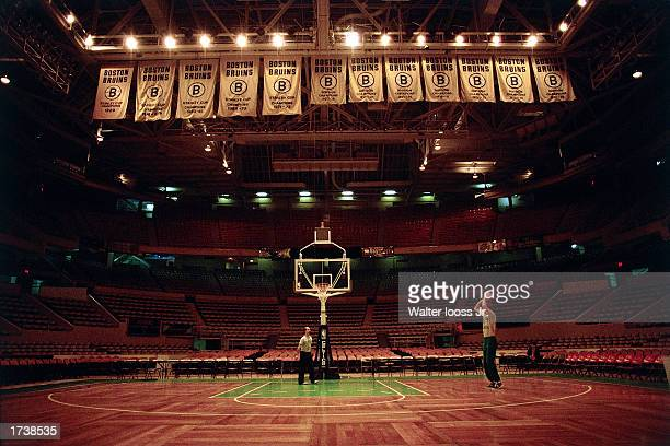 Larry Bird of the Boston Celtics practices his jumpshot in 1990 at the Boston Garden in Boston Massachusetts NOTE TO USER User expressly acknowledges...