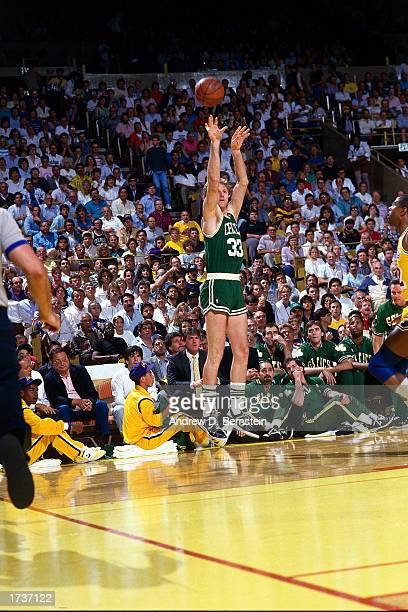 Larry Bird of the Boston Celtics shoots a jump shot during the 1986 NBA game against the Los Angeles Lakers at The Great Western Forum in Los Angeles...
