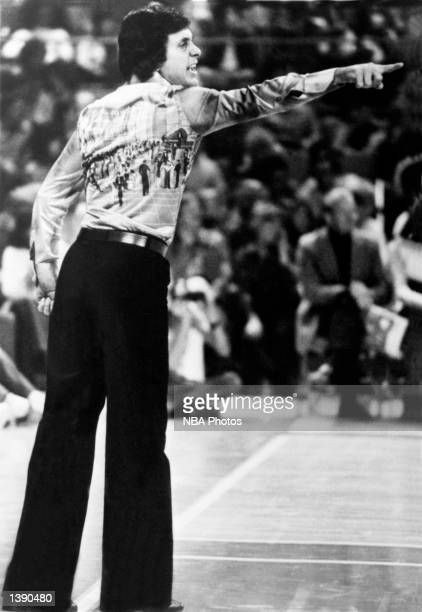 Larry Brown head coach of the Denver Nuggets talks to his team during the NBA game in Denver CO in 1976 NOTE TO USER User expressly acknowledges and...