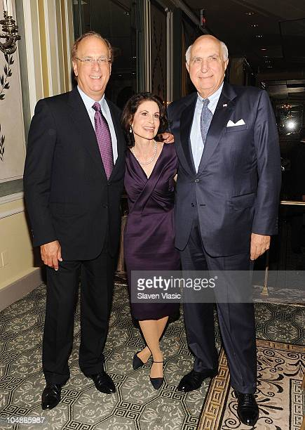 Larry Fink Lori Fink and Kenneth G Langone chairman of the board of trustees NYU Langone Medical Center attend The NYU Cancer Institute Gala at The...