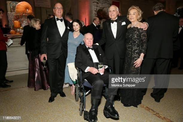 Larry Fink Lori Fink Thomas Murphy Sr Ken Langone and Elaine Langone attend NYU Langone's 2019 Violet Ball at The Metropolitan Museum of Art on...