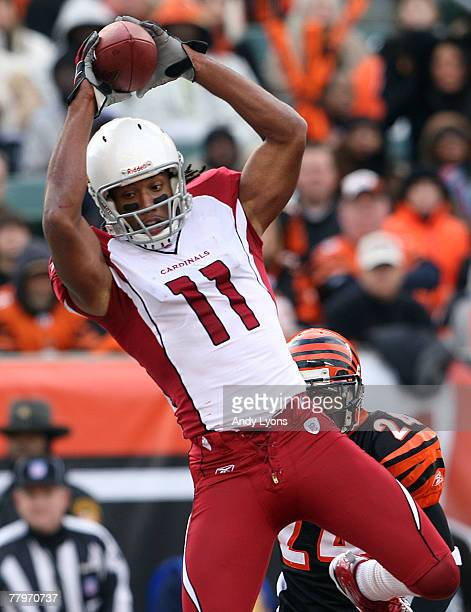 Larry Fitzgerald of the Arizona Cardinals catches a touchdown passl during the NFL game against the Cincinnati Bengals on November 18 2007 at Paul...