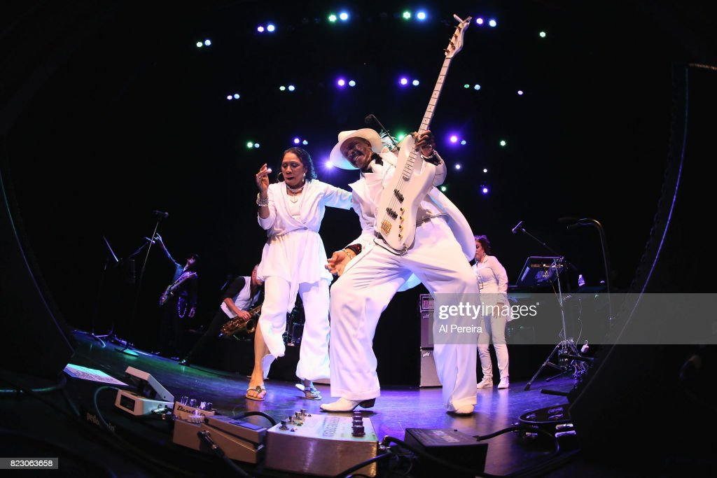 Dave Koz And Larry Graham: Side By Side Summer 2017