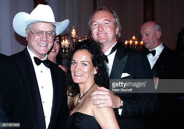Larry Hagman mit Fans CharityVeranstaltung 13 UnescoBenefizGala für Kinder in Not Hotel Swissotel Neuss NordrheinWestfalen Deutschland Europa...