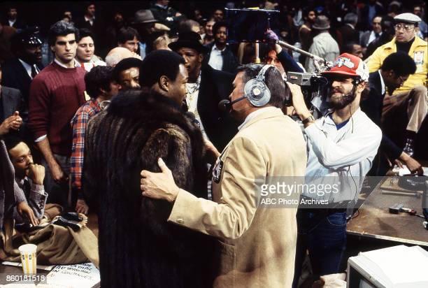 Larry Holmes Keith Jackson at Public Hall Feb 12 1983