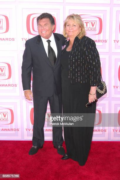 Larry Manetti and guest attend 2009 TV LAND AWARDS at Universal Studios on April 19 2009 in Los Angeles CA