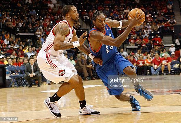 Larry Owens of theTulsa 66ers drives to the basket against Antonio Anderson of the Rio Grande Valley Vipers in Game Two of the 2010 NBA DLeague...