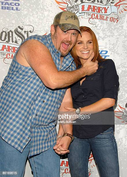Larry The Cable Guy and wife Cara Whitney arrive at Comedy Central presents Roast of Larry The Cable Guy at Warner Brothers on March 1 2009 in...