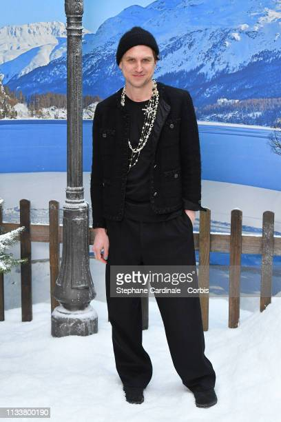 Lars Eidinger attends the Chanel show as part of the Paris Fashion Week Womenswear Fall/Winter 2019/2020 on March 05 2019 in Paris France