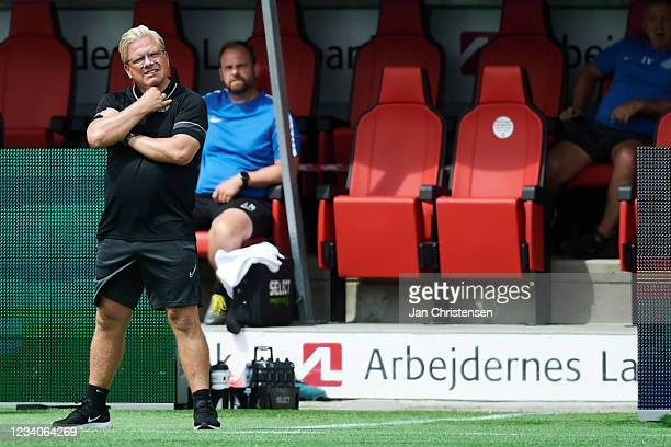 Lars Friis, head coach of Viborg FF looks on during the Danish 3F Superliga match between FC Nordsjalland and Viborg FF at Right to Dream Park on...