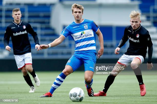 Lars Miedema of PEC Zwolle U19 Steijn Strijker of FC Emmen U19 during the match between PEC Zwolle U19 v FC Emmen U19 at the MAC3PARK Stadion on...