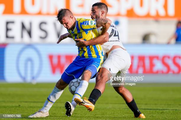 Lars Nieuwpoort of RKC Waalwijk, Oussama Tannane of Vitesse during the Dutch Eredivisie match between RKC Waalwijk v Vitesse at the Mandemakers...
