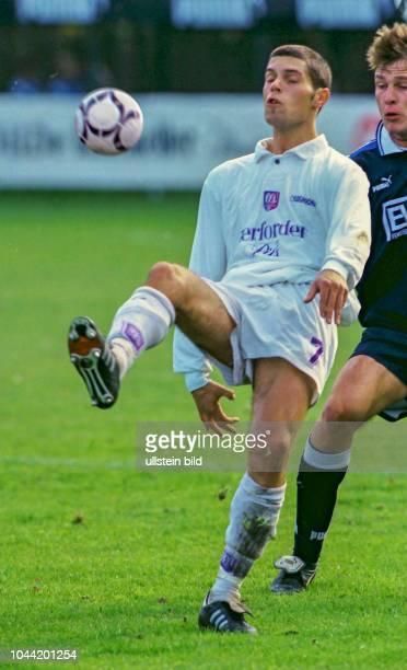 Lars Schiersand Spieler beim VfL Osnabrück hier in der Saison 1997/1998 Aus Regionalliga Nord 1997/1998 Arminia Hannover gegen den VfL Osnabrück 22