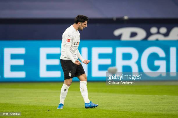 Lars Stindl of Borussia Moenchengladbach celebrate after he score his teams first goal during the Bundesliga match between FC Schalke 04 and Borussia...