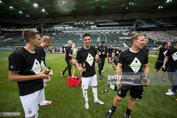 MOENCHENGLADBACH GERMANY JUNE Lars Stindl of Borussia Moenchengladbach celebrate his Teams win and the Qualification for the Champions League after...