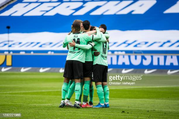 Lars Stindl of Borussia Moenchengladbach celebrate withe team mates after he score his teams second goal from the penalty spot during the Bundesliga...