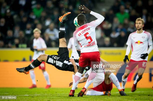 Lars Stindl of Borussia Moenchengladbach controls the ball during the Bundesliga match between Borussia Moenchengladbach and RB Leipzig at...