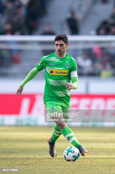 Lars Stindl of Borussia Moenchengladbach controls the ball during the Bundesliga match between Hannover 96 and Borussia Moenchengladbach at HDIArena...