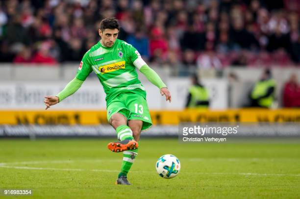 Lars Stindl of Borussia Moenchengladbach in action during the Bundesliga match between VfB Stuttgart and Borussia Moenchengladbach at MercedesBenz...