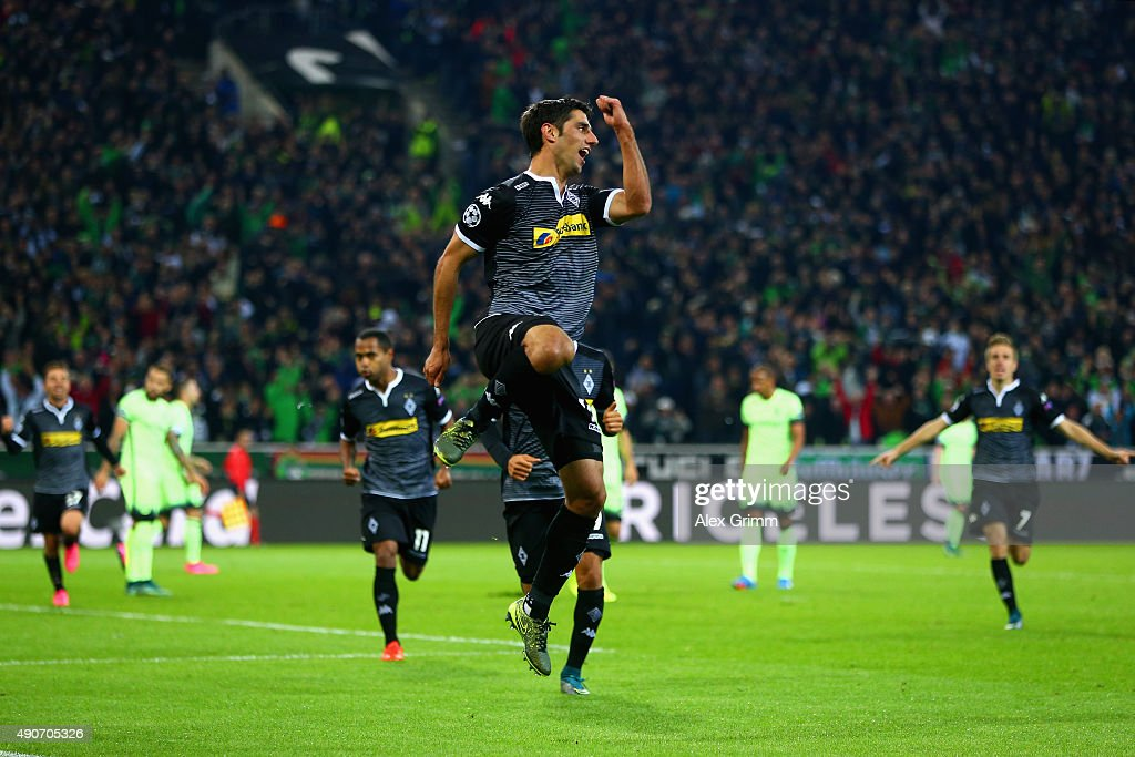 Lars Stindl of Borussia Monchengladbach celebrates scoring the opening goal during the UEFA Champions League Group D match between VfL Borussia Monchengladbach and Manchester City at the Borussia Park Stadium on September 30, 2015 in Moenchengladbach, Germany.