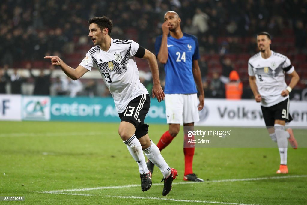 Lars Stindl of Germany celebrates scoring his sides second goal during the international friendly match between Germany and France at RheinEnergieStadion on November 14, 2017 in Cologne, Germany.