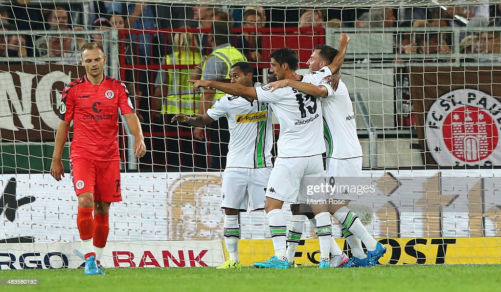 FC St. Pauli v Borussia Moenchengladbach  - DFB Cup : News Photo