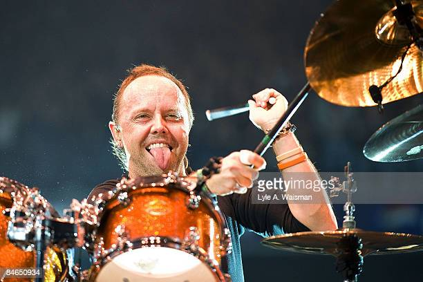 Lars Ulrich of Metallica performs at the Allstate Arena on January 27 2009 in Rosemont Illinois