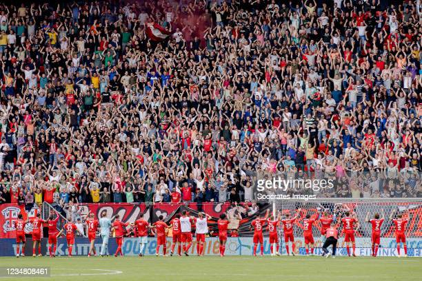 Lars Unnerstall of FC Twente, Giovanni Troupee of FC Twente, Robin Propper of FC Twente, Gijs Smal of FC Twente, Luka Ilic of FC Twente, Queensy...