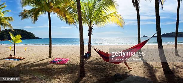 las baulas marine national park, playa tamarindo beach. - playa tamarindo fotografías e imágenes de stock