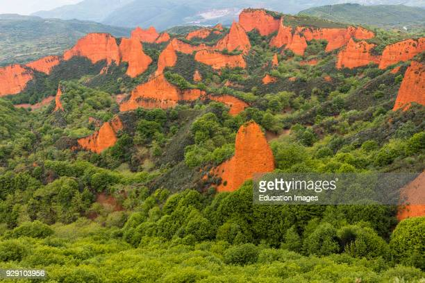 Las Medulas Leon Province Castile and Leon Spain The Roman gold mining site of Las Medulas is a UNESCO World Heritage Site The area was exploited by...