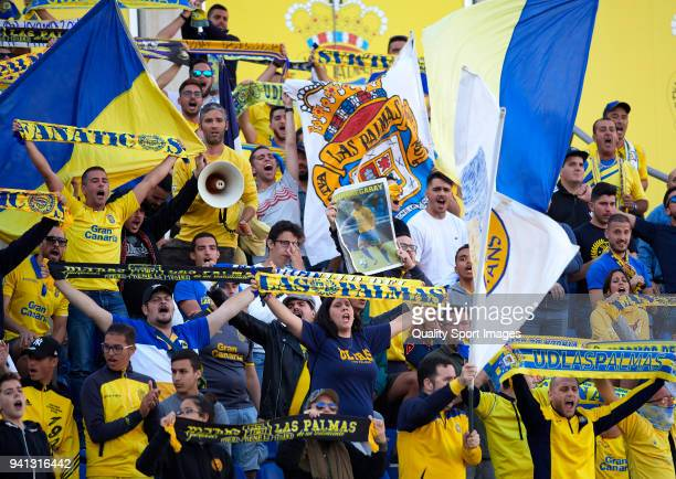 Las Palmas fans cheer during the La Liga match between Las Palmas and Real Madrid at Estadio Gran Canaria on March 31 2018 in Las Palmas Spain