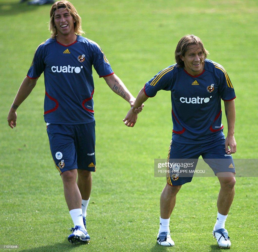 Spain's football team players Sergio Ram : Foto di attualità